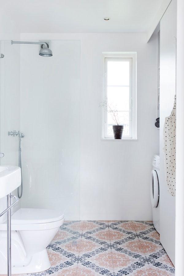 Tegels met patroon in de badkamer - THESTYLEBOX