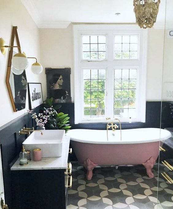 vintage hexagon spiegel badkamer