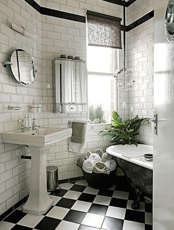 vintage kantel spiegel badkamer