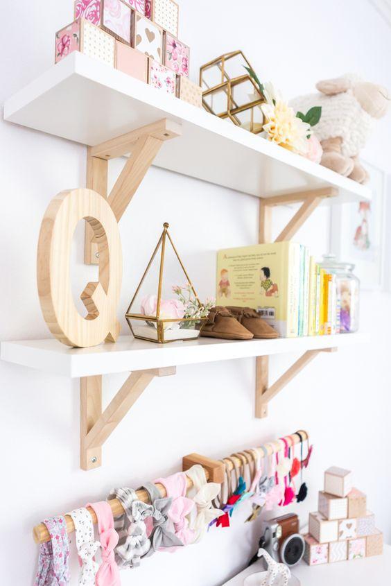 Wandplanken kleine babykamer