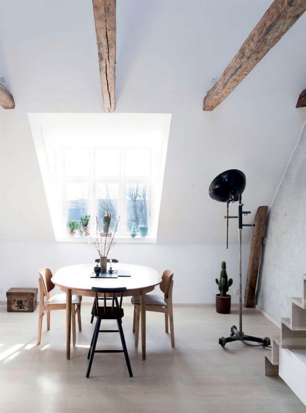 woonkamer houten balken