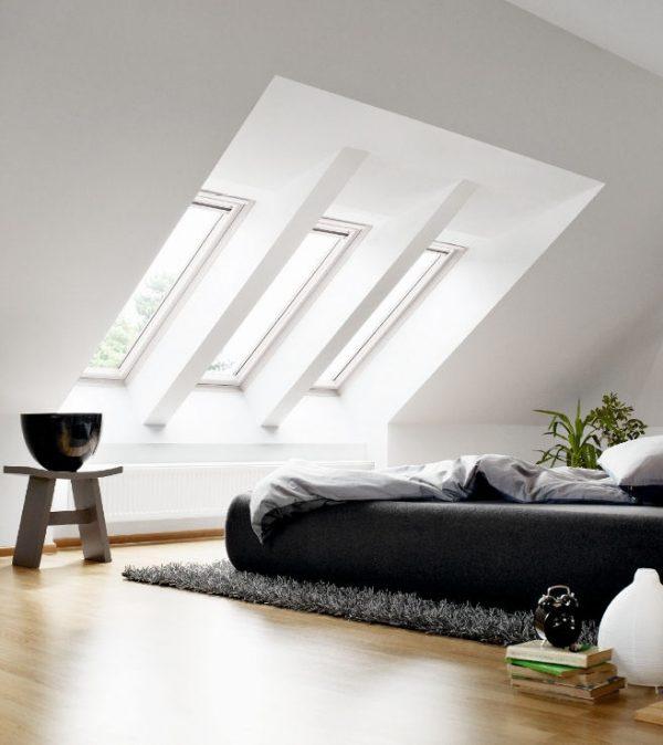 Zolder slaapkamer thestylebox - Balken grijs geschilderd ...