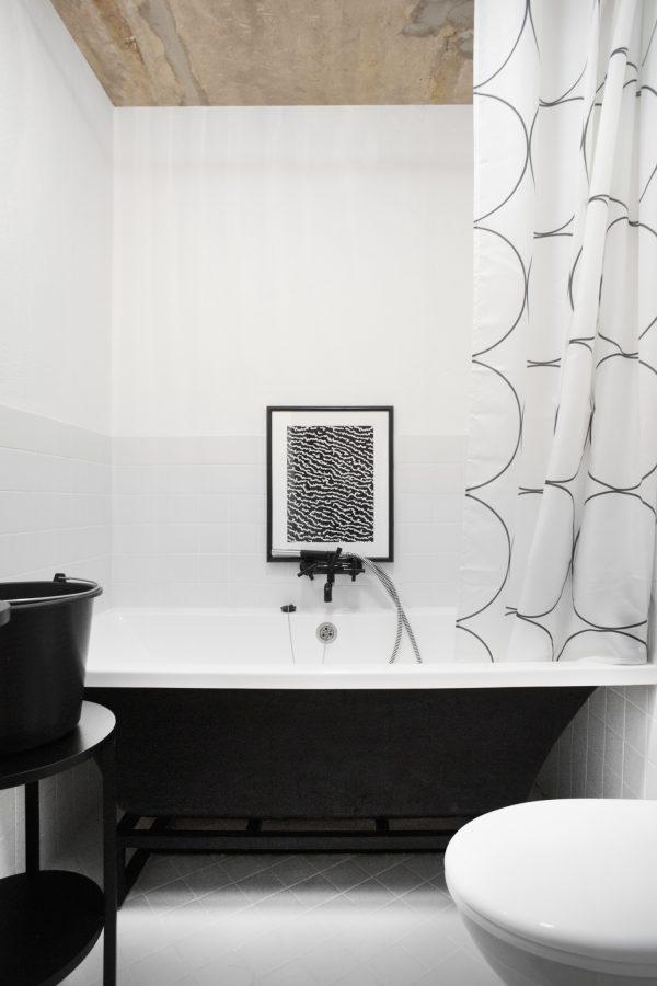 zwart wit badkamer