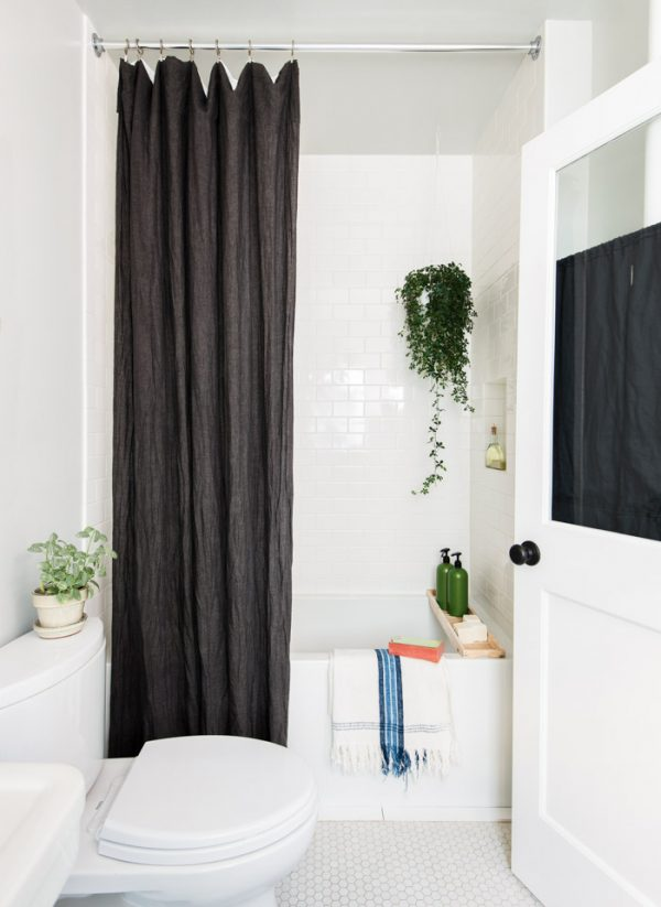 zwart-wit badkamer