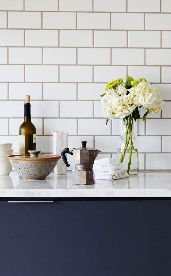 zwart-wit blauwe keuken