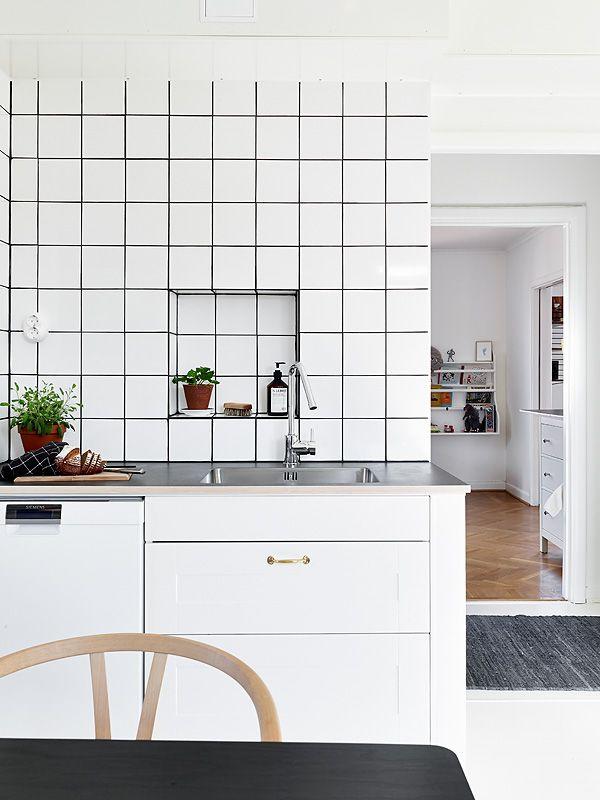 Zwart Witte Tegels Keuken : Kitchen with White Tile Black Grout