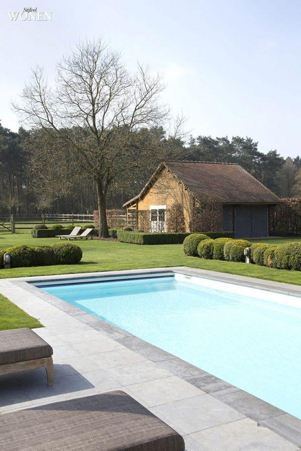 zwembad boerderij
